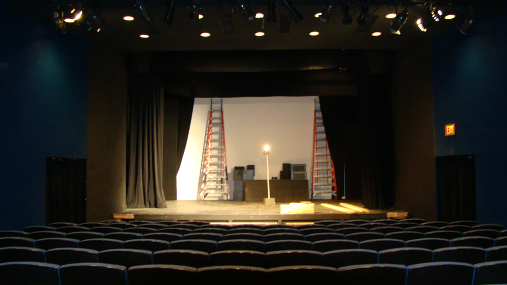 <strong>McCreless Theater<span><b>in</b>Educational</span></strong><i>→</i>