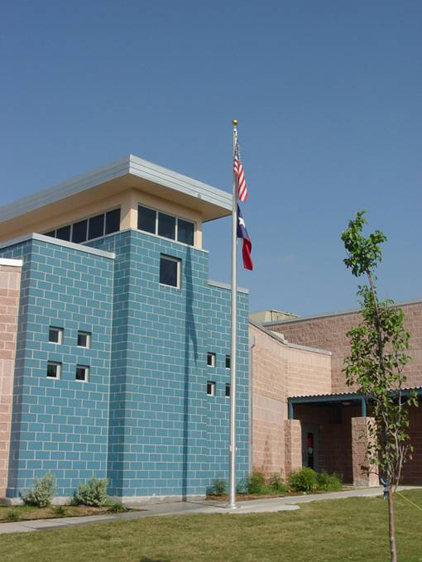 <strong>Maverick Elementary School<span><b>in</b>Educational</span></strong><i>→</i>